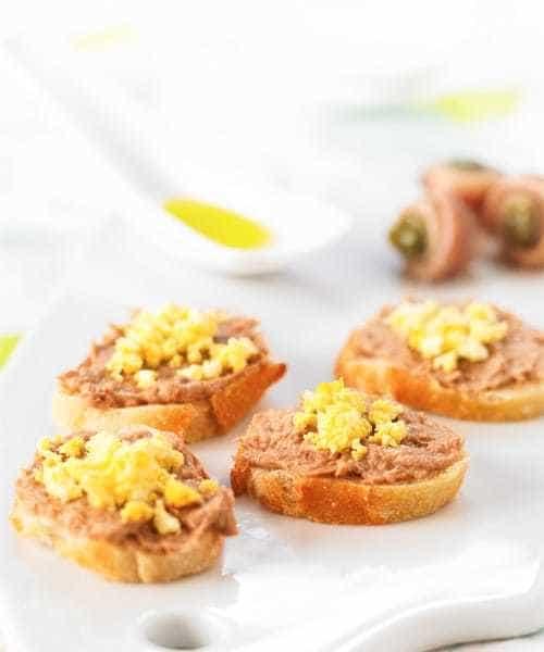Tapenade d'olives vertes aux anchois & au thon